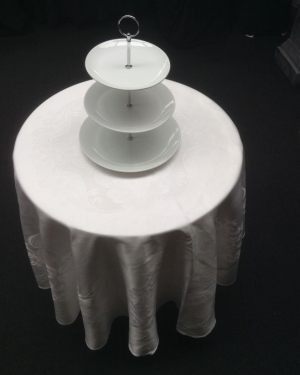 Cake Table With Cloth